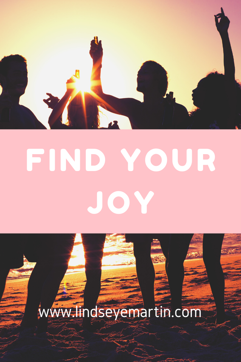 Tips to finding happiness (1)